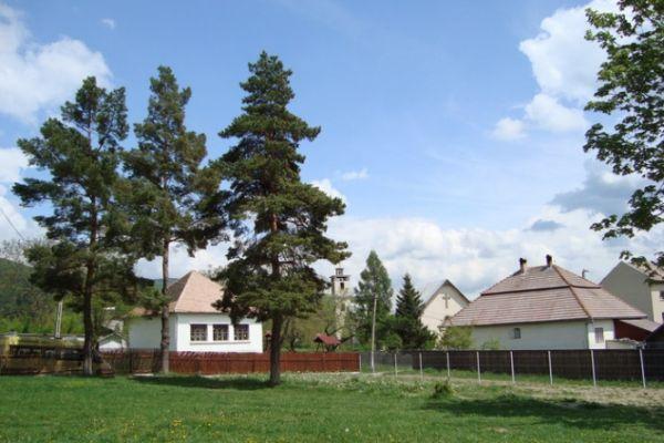 esztelneki-nagy-mozes-altalanos-iskola-04865FBFE2-67A5-2673-11D9-8DB7C4192A58.jpg